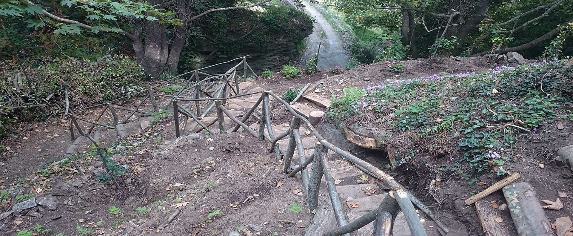 Το μονοπάτι Τσαγκαρόβρυσης - Βρύσης Σκρουμπέλου στο Γεωργίτσι Λακωνίας